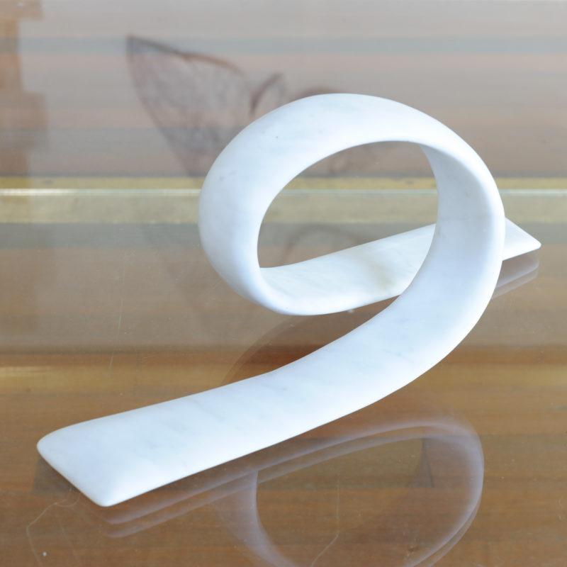 Loop of white image